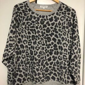 NWT Animal Print Fleece Lined Sweatshirt Sz XL